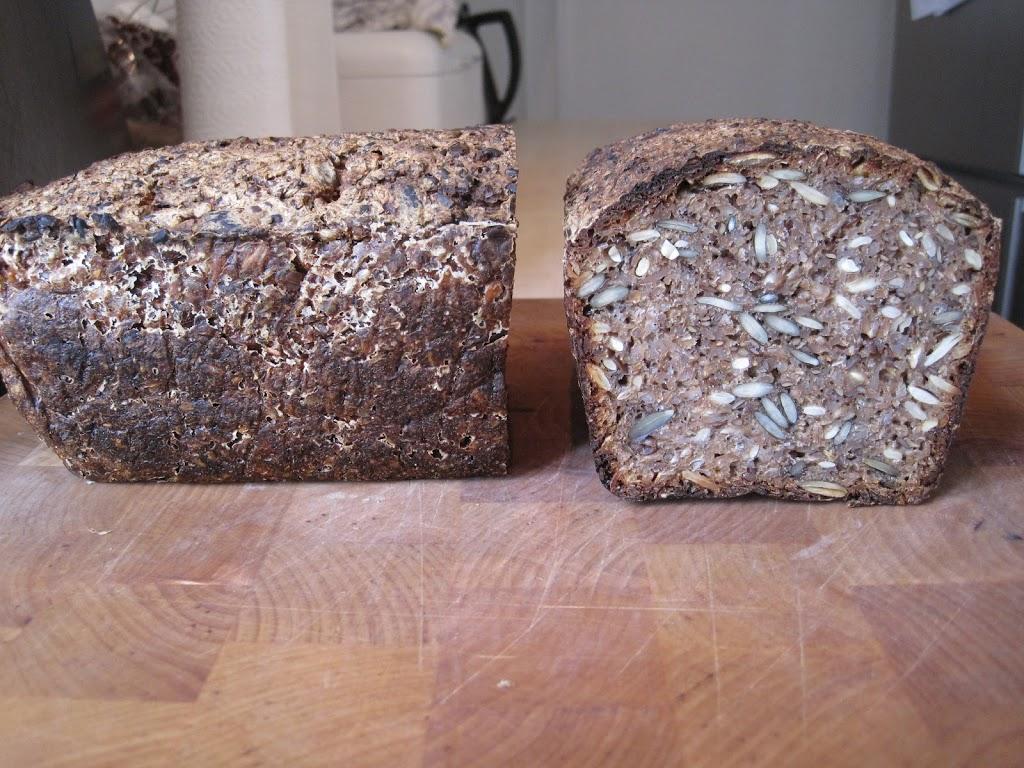 Opskrift på rugbrød med kerner og frø