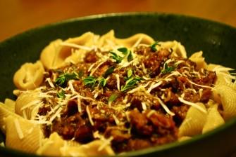 Ragout med lam og pasta
