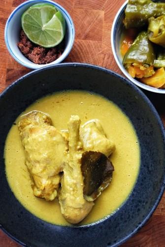 Candlenut kylling – Ayam Buah Keras