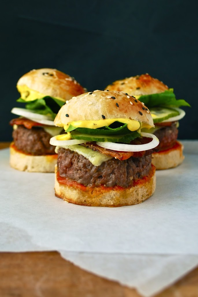 Sliders er små burgere, som du kan servere til mange forskellige lejligheder