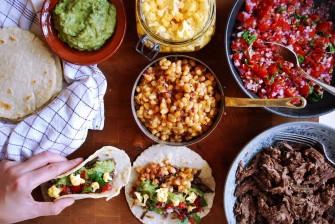Hjemmelavet tacos med langtidsstegt dyrekølle