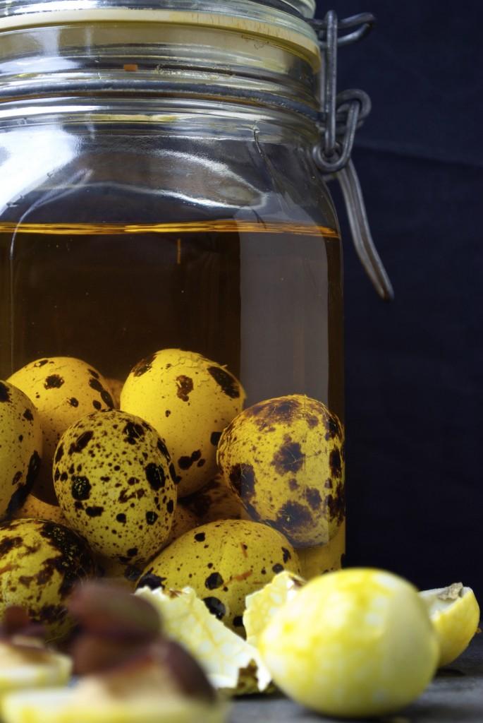 Solæg lavet med vagtelæg og safran - passer perfekt til en julefrokost eller påskefrokost