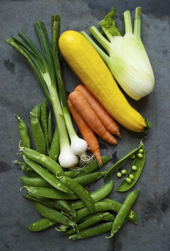 Pasta primavera er en vegetarisk pastaret, som er perfekt til forårets mange grøntsager