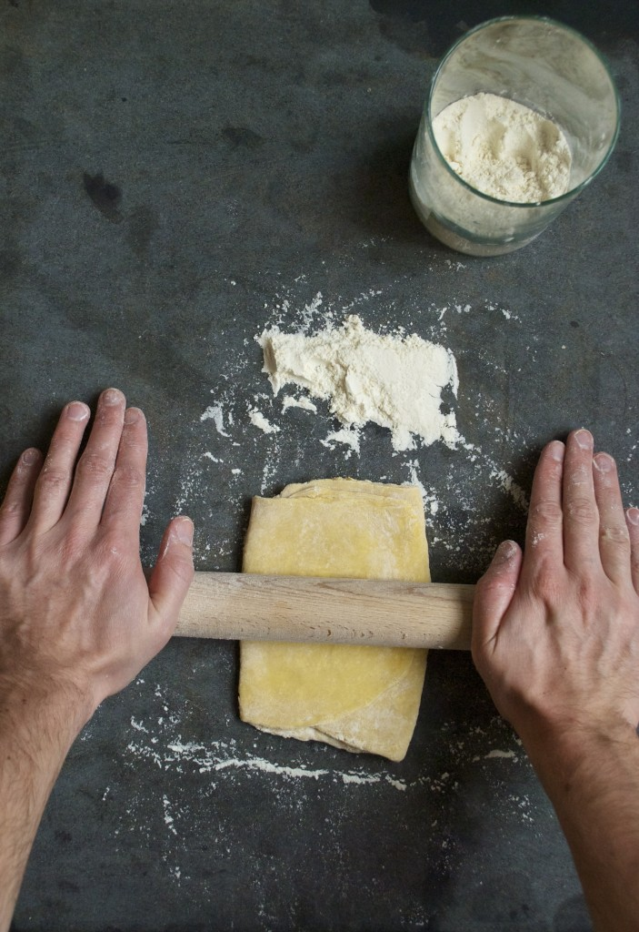 Sådan laver du hjemmelavet pasta til vegetarisk pasta primavera