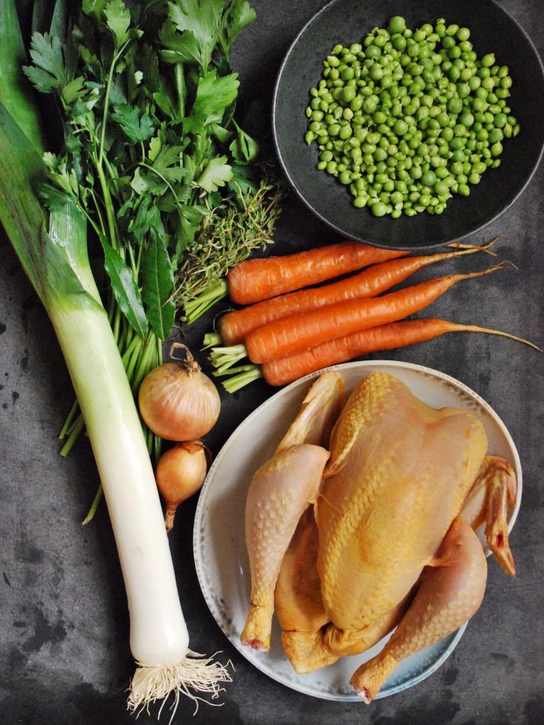 Tarteletter med kyllingefrikassé, hvide asparges og ærter 3
